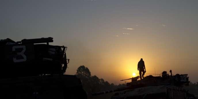 Un soldat israélien près de la frontière avec Gaza, le 20 novembre 2012.