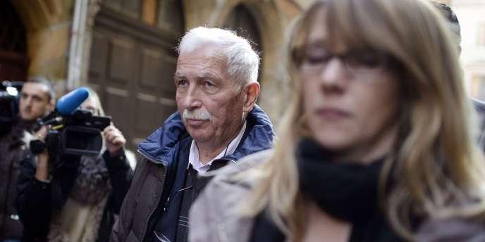 Régis de Camaret devant le tribunal de Lyon, le 15 novembre 2012.