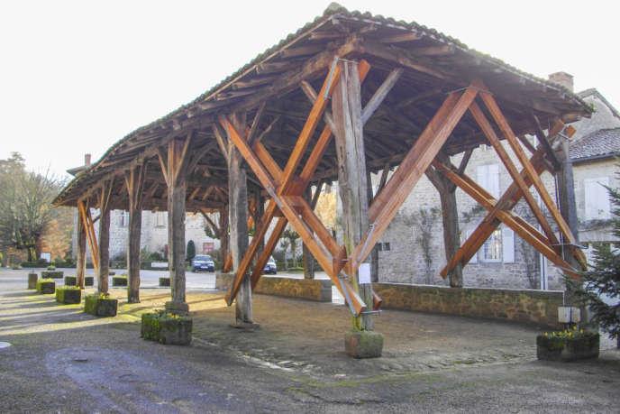 La halle de Mortemart en Haute-Vienne.
