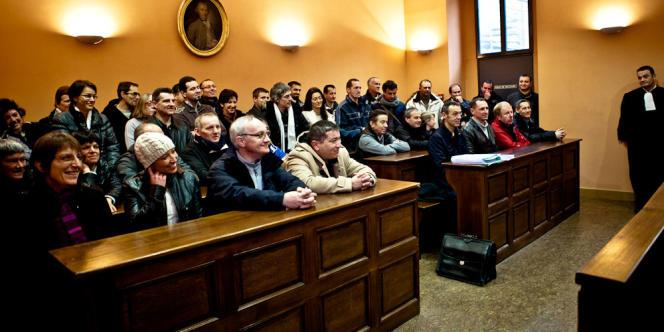 Les salariés de Fontanille au moment de la décision du tribunal.
