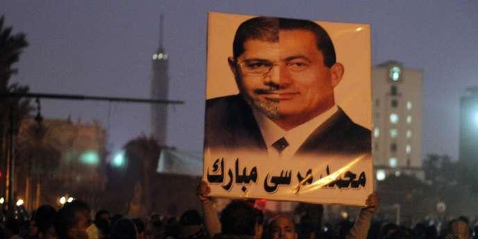 M. Morsi est qualifié par l'opposition de