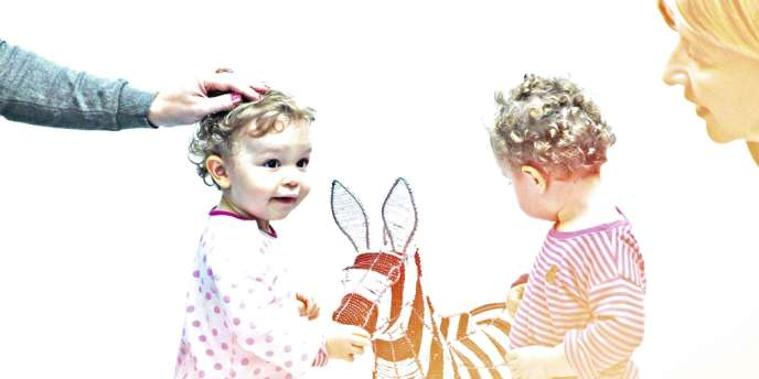 Depuis que Baya  et Alice, 20 mois, parlent, elles appellent spontanément