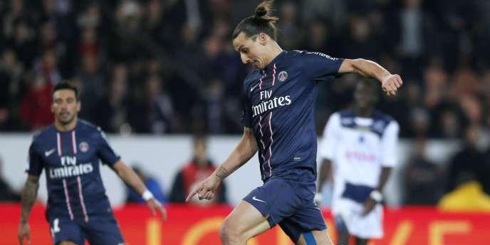 L'attaquant du PSG Zlatan Ibrahimovic, auteur d'un doublé, samedi 24 novembr face à Troyes.