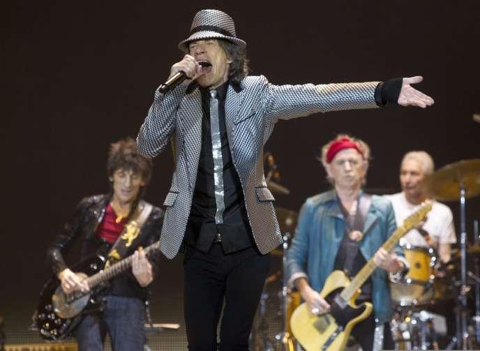 A Londres, lors du concert à l'O2 arena du 25 novembren Mick Jagger, Keith Richards, Charlie Watts et Ronnie Wood ont été rejoints pour la première fois depuis vingt ans par le bassiste historique du groupe, Bill Wyman.