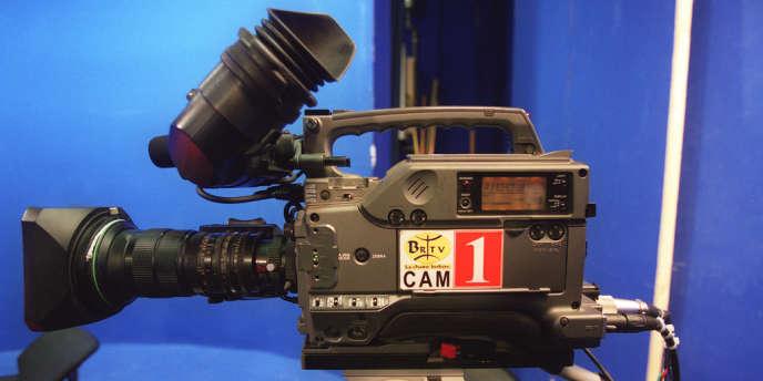 Le passage au numérique, la diffusion à grande échelle de la 3D et le développement de l'animation bouleversent le paysage cinématographique et les métiers qui l'accompagnent.