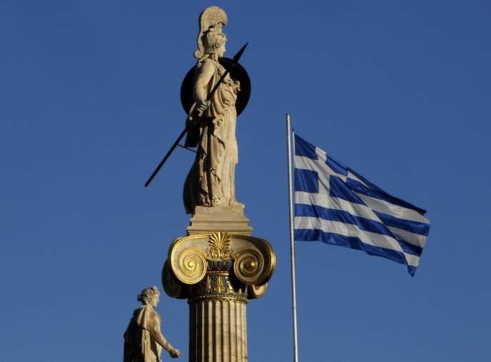 Trois sociétés ont déposé des offres pour le rachat de 100 % des parts de la société grecque de la gestion du réseau ferroviaire Trainose, selon la presse spécialisée.