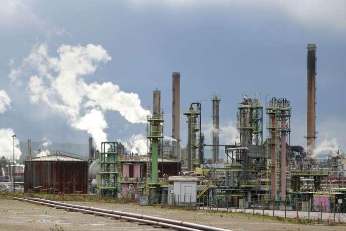 La raffinerie Petroplus de Petit-Couronne (Seine-Maritime) va être mise à l'arrêt à partir du jeudi 13 décembre.