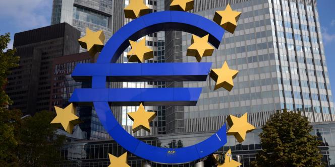 Présenté comme une étape majeure dans la mise en place de l'union bancaire, le compromis arraché dans la nuit de mercredi 18 à jeudi 19 décembre ne règle pas tous les détails du mécanisme de résolution des crises bancaires.