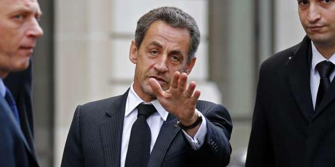 Nicolas Sarkozy après son déjeuner avec François Fillon, le 26 novembre 2012.