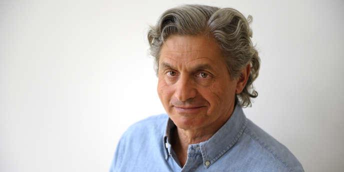 Alain Frachon.