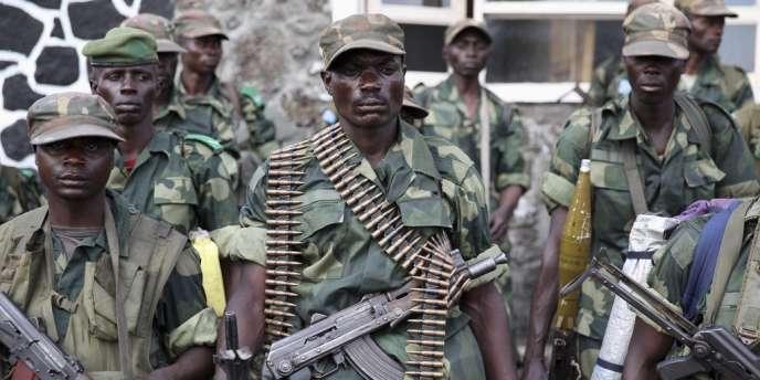 Des soldats de l'armée régulière à Goma, le 3 décembre.