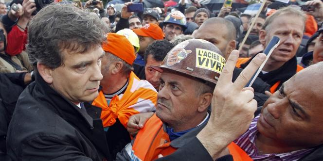 Arnaud Montebourg en visite aux ouvriers de Florange (Moselle) le 27 septembre 2012.
