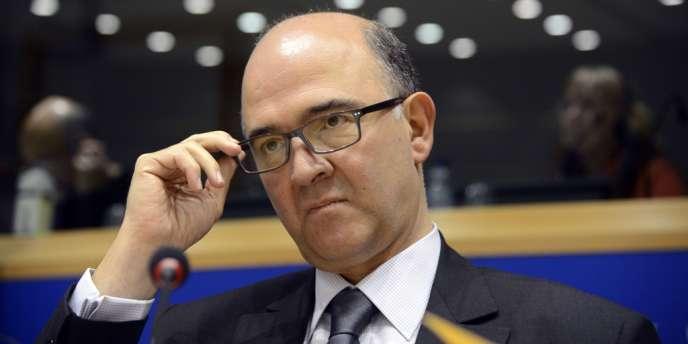 Pierre Moscovici s'adresse au Parlement européen, le 3 décembre 2012.
