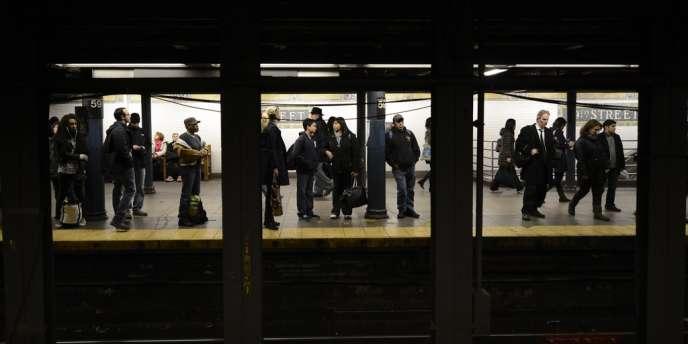 La dernière personne à avoir ainsi été poussée sur la voie et heurtée par un train était une femme de 39 ans, en août 2010. Mais elle avait survécu.