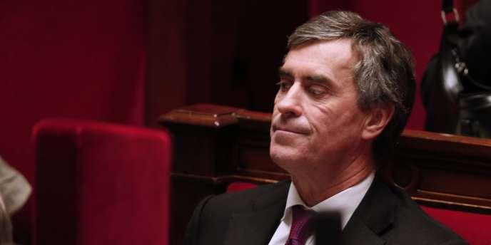 Mediapart avait rendu public un enregistrement datant selon lui de fin 2000, dans lequel un homme – que le site prétend être Jérôme Cahuzac – avoue détenir un compte dans une banque suisse.