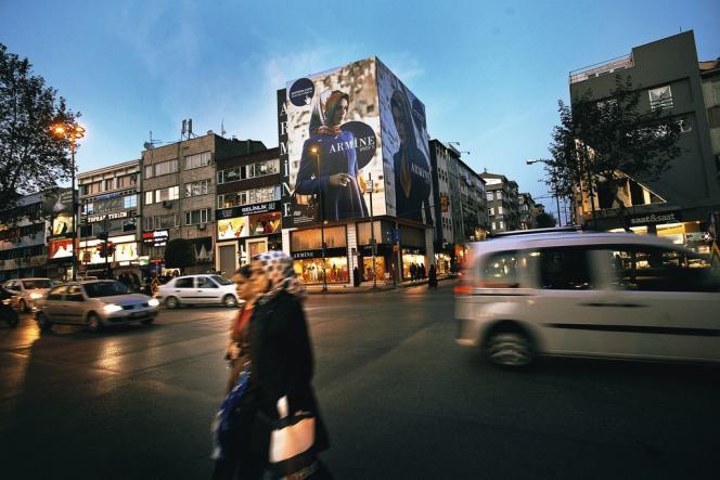En plein développement, la marque  de vêtements  islamiques Armine compte déjà 17 boutiques à Istanbul.