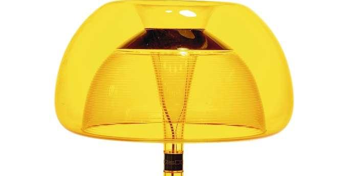 Lampe à poser Aurélia, polycarbonate avec interrupteur tactile, lampe LED, QisDesign, au Bazar d'électricité, 480 €. www.bazar delectricite.com -