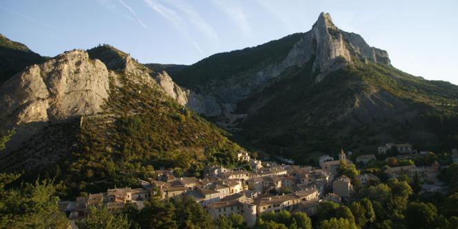 Orpierre (Hautes-Alpes).