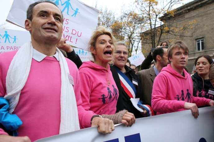 Frigide Barjot, lors de la manifestation contre le mariage homosexuel, le 17 novembre 2012, à Paris.