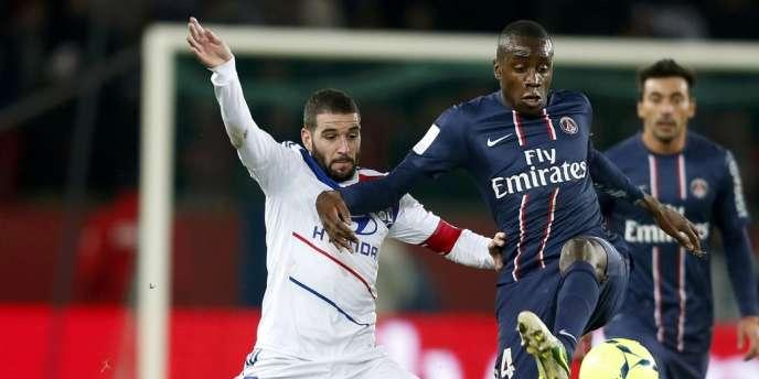 Blaise Matuidi, face à Lisandro, a marqué face à Lyon, dimanche, au Parc des Princes.