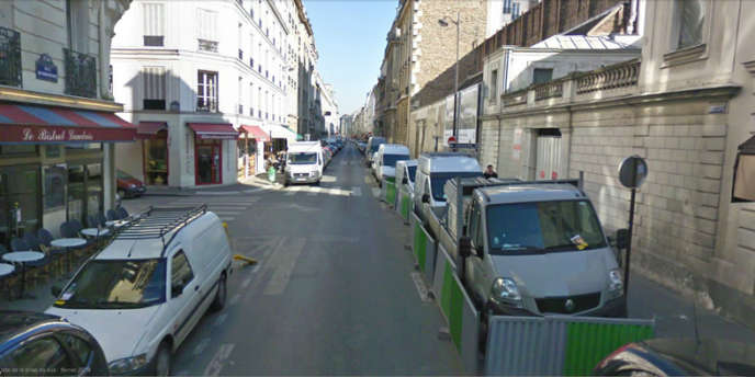 Capture d'écran de Google Street View de la rue du Cherche-Midi à Paris.