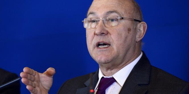 En juillet 2012, Michel Sapin, ministre du travail et de l'emploi, avait promis une loi pour durcir les licenciements abusifs. Ce sujet n'est pas sur la table des négociations actuelles entre partenaires sociaux.