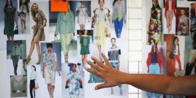 Des hommages rendus à des grands noms du secteurs aux premiers pas de designers sur les poduims, le résumé de l'année mode en dix points.