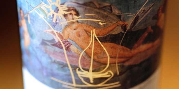 L'artiste américain Jeff Koons a été choisi pour illustrer l'étiquette du millésime 2010.