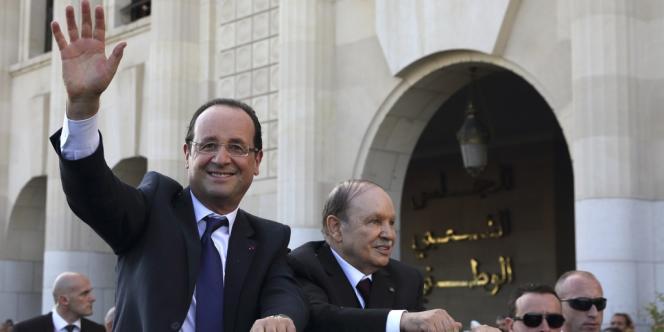 François Hollande et  Abdelaziz Bouteflika, le 19 décembre.