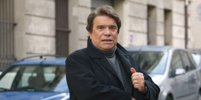 Bernard Tapie, ici en janvier 2008, va racheter la moitié des titres restants du Groupe Hersant Médias.