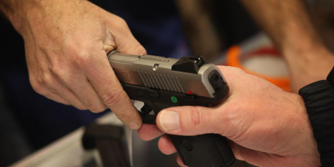La Floride a distribué quelque 2,3 millions de licences de port d'armes depuis 1987.