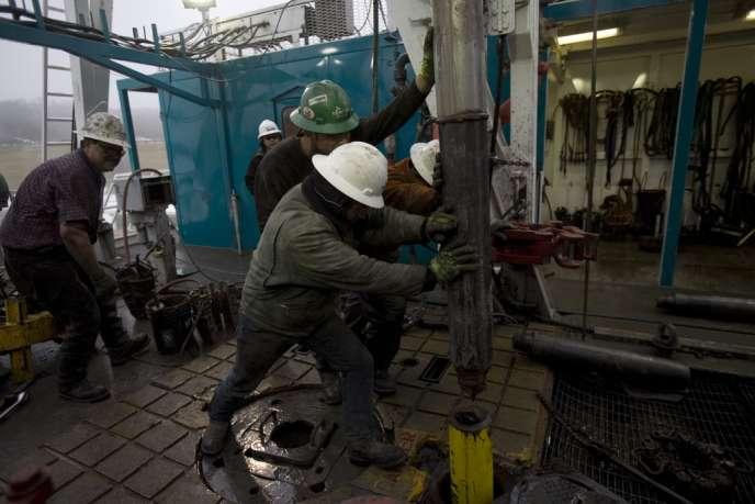 Forage de gaz de schiste à  Fort Worth, au Texas, en décembre 2008.