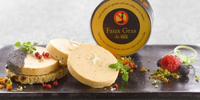 Le Faux Gras est un pâté végétal créé par l'entreprise allemande Tartex. L'association Gaia utilise ce produit pour sensibiliser les consommateurs belges à la cause animale et les dissuader d'acheter du foie gras.