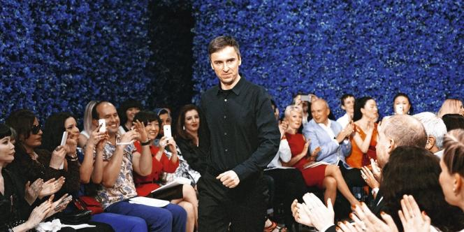L'année 2012 a été celle des transferts : Raf Simons est arrivé chez Dior (haute couture, automne-hiver 2012-2013).