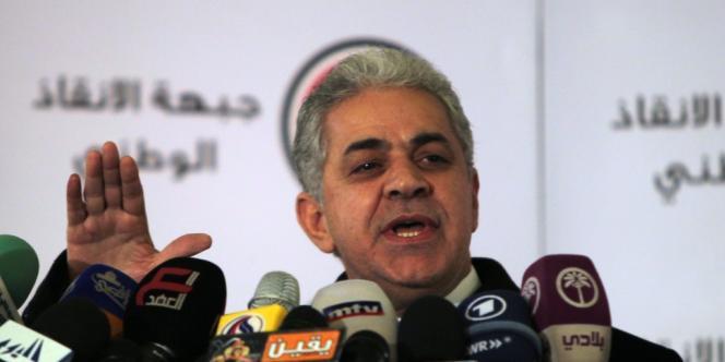 Un des chefs de file du Front du salut national, Hamdeen Sabbahi, lors d'une conférence de presse le 23 décembre au Caire.