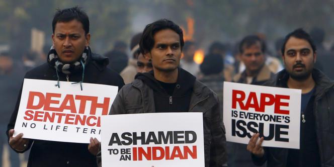 Manifestation à New Delhi en décembre 2012 après le viol collectif et le meurtre d'une étudiante.