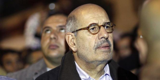 Le Prix Nobel de la paix Mohamed El-Baradei est à la tête du Front national du salut, principale coalition de l'opposition égyptienne.