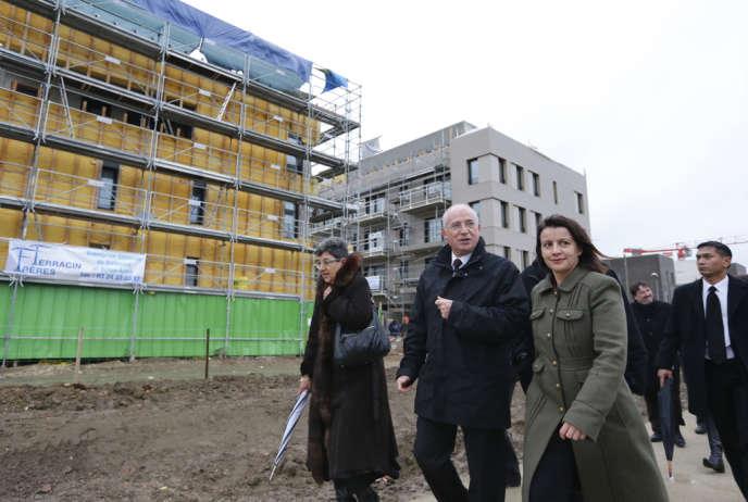 Cécile Duflot, ministre de l'égalité du territoire et du logement, souhaite réformer pas moins de trois lois.