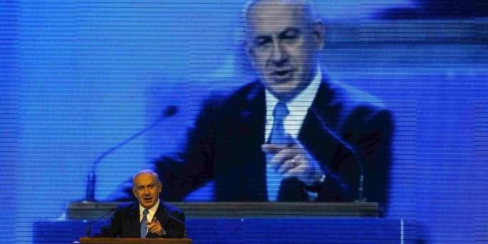 Le premier ministre israélien et chef du Likoud, Benyamin Nétanyahou, a donné le coup d'envoi de sa campagne pour les législatives du 22 janvier, mardi 25 décembre.