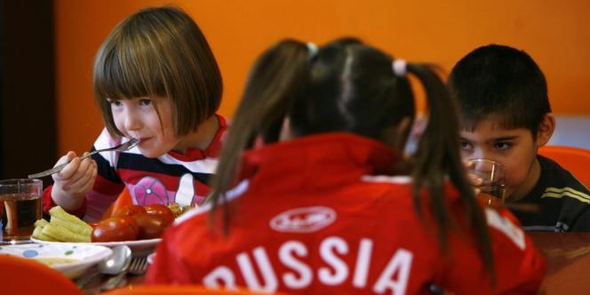 Des orphelins russes dans un orphelinat le 19 décembre 2012.