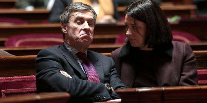 Jérôme Cahuzac, ministre du budget, et Sylvia Pinel,  ministre de l'artisanat, du commerce et du tourisme, au Sénat, le 20 décembre.