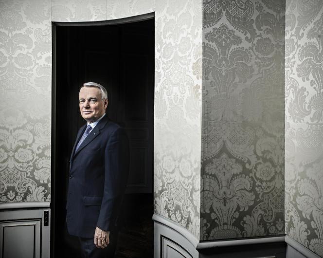Le premier ministre, Jean-Marc Ayrault, à Matignon, le 2 janvier.