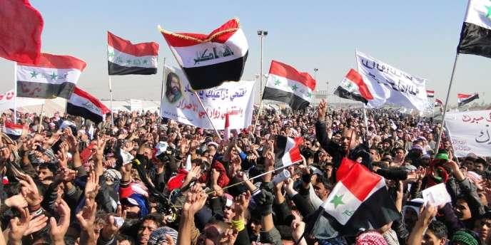 Des manifestants chiites dans la province de Kerbala, le 3 janvier.