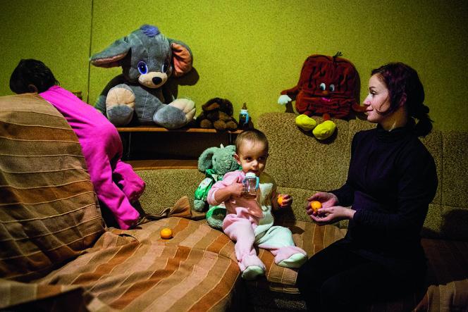 A chaque mère porteuse son destin. L'histoire d'Irina Morozova a viré au drame : un jugement la contraint à