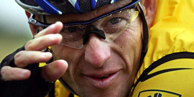 Armstrong était activement impliqué dans le triathlon de compétition depuis près de deux ans et était sur le point de participer à son premier