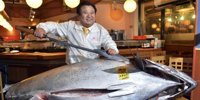 Ce prix d'achat record équivaut à environ 6 000 euros le kilo, ce qui mettrait la simple petite tranche de sushi à environ 260 euros.