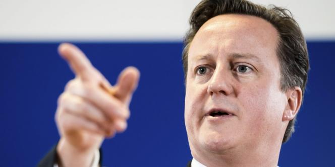 Le premier ministre britannique David Cameron a déclaré dimanche 6 janvier que Londres serait prêt, si nécessaire, à se battre pour conserver les Malouines.