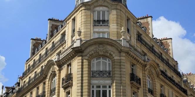 Un immeuble du 7e arrondissement, à Paris.