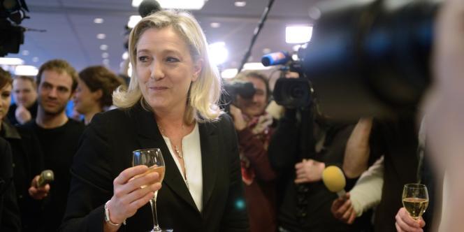 La présidente du Front national, Marine Le Pen, a adressé ses vœux à la presse le 8 janvier 2013.