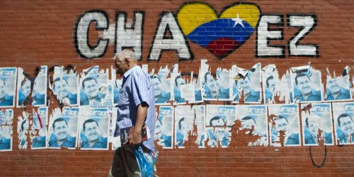 L'équipe médicale du président Hugo Chavez a recommandé la poursuite de son hospitalisation à Cuba au-delà du 10 janvier, date à laquelle il devait prêter serment.